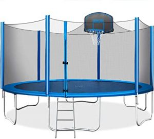 Safety guidelines and advice for using a trampoline